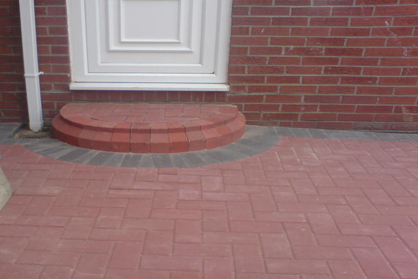 block-paved-steps-red