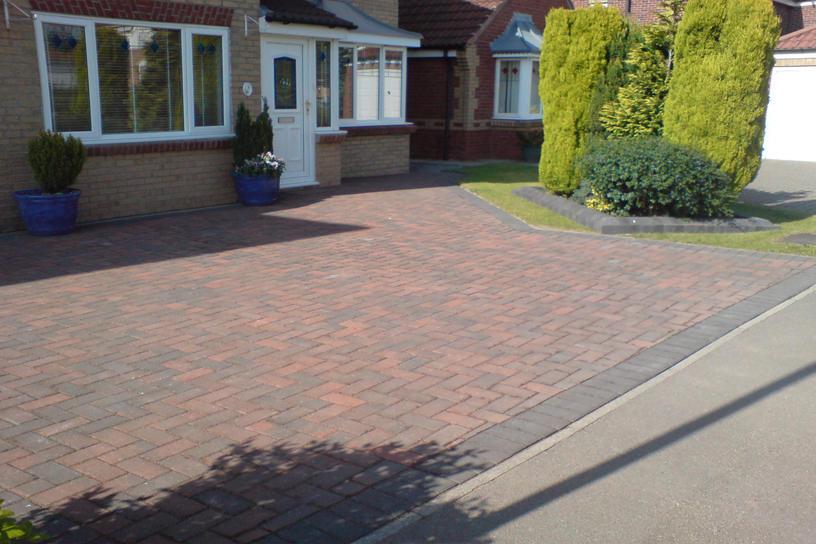 brindle-armpave-block-paved-driveway-2