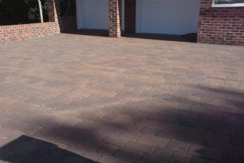 Cobbled-Paving-Driveway