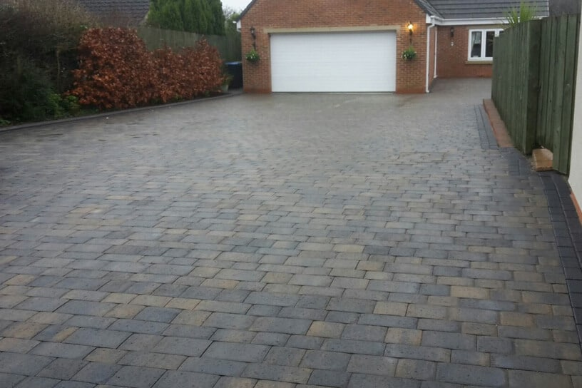beamish-cobbled-driveway-trimdon