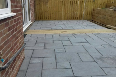 Grey-patio-paving-4