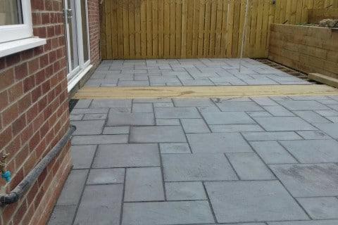 Grey-patio-paving-4