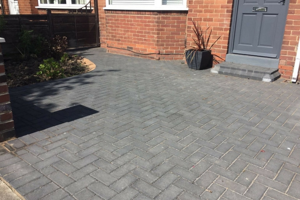 Traditional-Block-Paving-1