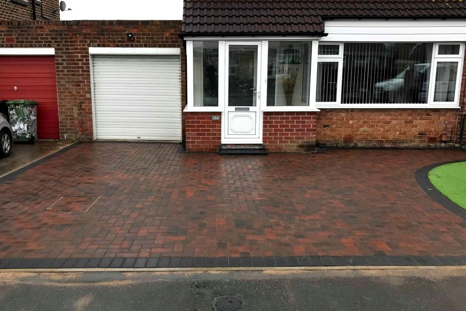 Block_paved_driveway-bill-Quay 2