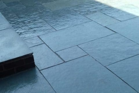 Grey-patio-paving
