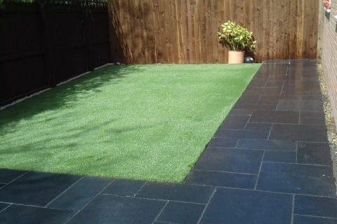 Grey-paving-artificial-lawn