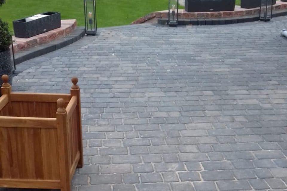 grey-patio-cobbles