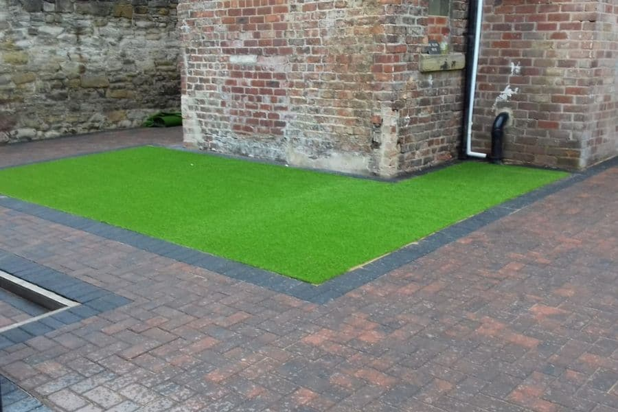 Patio-paving-newcastle-lawn